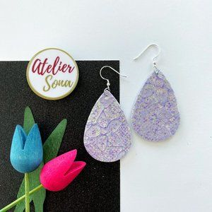 Lacy Tear Drop Earrings - Lilac